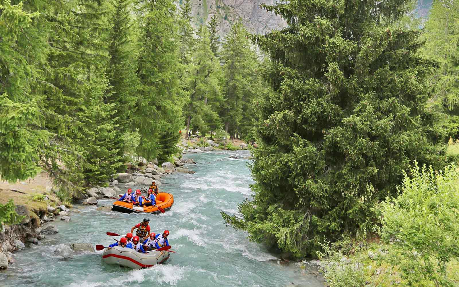 rafting la thuile valle d'aostaitaly